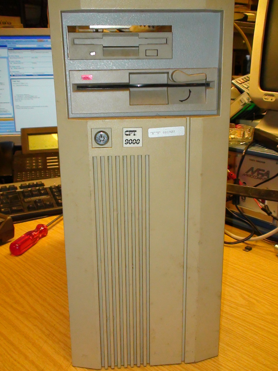 CPT-9000-Wordprocessor-with-CPT-Display-Processor-and-80286-CPU-board